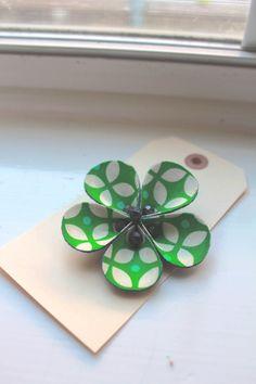 flower clip- garoooovy green. $12.00, via Etsy.