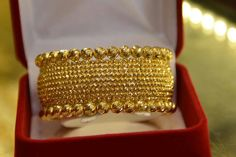 Plain Gold Bangles, Gold Bangles Design, Gold Jewellery Design, Gold Jewelry, Bridal Bangles, Schmuck Design, Fashion Jewelry, Bengal, Collection