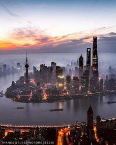 #ShangrilaDestinations Pudong's famous skyline will make your jaw drop. : @sleepingforest1226 via @pudongshangrila.   #Shangrilahotels #Pudongshangrila #Shangrila #Shanghai #Pudong #explore #explorechina #view #travel #vacation #wanderlust #adventure #travelgram #instatravel #travelphotography