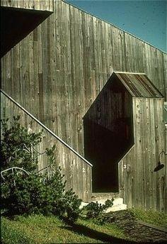 Sea Ranch: Condominium I Charles Willard Moore (American architect, 1925-1993), Lawrence H … Sea Ranch, California, United States 1963-1965 (creation)