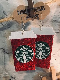 Diy Earrings, Leather Earrings, Project Ideas, Projects, Starbucks Coffee, Keychains, Christmas Time, Valentines Day, Cricut