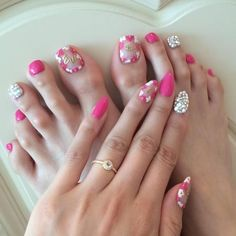 Pink and Jewels Toe Nail Designs on 30 Amazing Cute Toe Nail Designs - http://www.naildesignsforyou.com/30-amazing-easy-cute-toe-nail-designs/ #toenails #toenail #toenaildesigns #toenailart #naildesigns #nailart