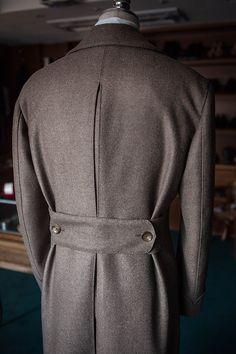 B&TAILOR Coat back details