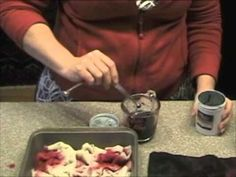 This video shows how to make a great 1/4 yd. spot dye on wool from RHM J/F 2012 DIY