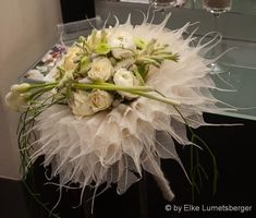 Purple Flower Arrangements, Floral Bouquets, Wedding Bouquets, Wedding Flower Design, Floral Wedding, Hand Bouquet, Home Flowers, Unusual Flowers, Arte Floral