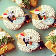 Japanese new year cookies アイシングクッキー icing cookies Fancy Cookies, Iced Cookies, Cute Cookies, Cookies And Cream, Yummy Cookies, Sugar Cookies, Elegant Cookies, Japanese Cookies, Japanese Sweets