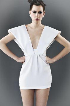WHITE Futuristic dress CUSTOM MADE par ZoePhobic sur Etsy
