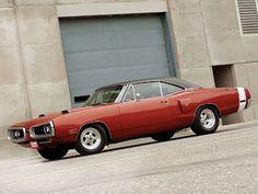 1970 Dodge Coronet super bee - burnt orange -red