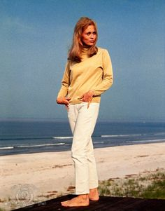 """The Thomas Crown Affair"" 1968 with Faye Dunaway"