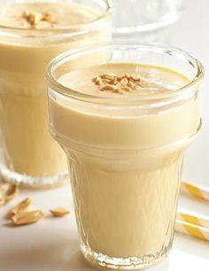 Shake pré e pós-treino de whey protein e pasta de amendoim