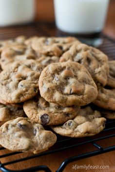 Copycat Entenmann's Chocolate Chip Cookies