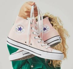 ... ONE STAR PLATFORM LOW TOP. Converse · Exclusives · Season Colors 7d06c6cf2