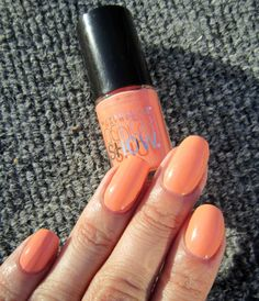 Concrete and Nail Polish: Maybelline Pretty In Peach