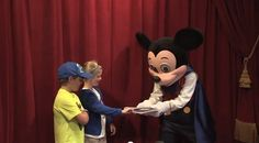Meeting Magician Mickey Mouse at Town Square Theater in Magic Kingdom Park