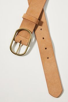 Simple and understated, this classic leather belt is a timeless closet staple. Stylish Work Outfits, Summer Work Outfits, Chic Outfits, Fashionable Outfits, Dressy Outfits, Girls Belts, Tan Leather Belt, Classic Leather, Vintage Leather