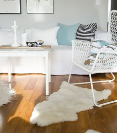 Inside Joanna's bright, comfortable living room | HÖGSTEN chair | Minty cushions | If you're interested in sharing your home with IKEA FAMILY LIVE email homes@ikeafamilylive.com