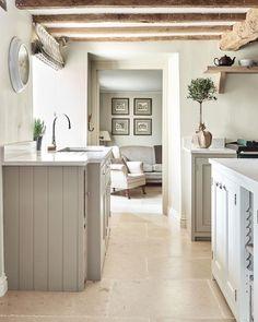 Sage green and cream - muted tones Cotswold Cottage Interior, Cotswold House, Cottage Interiors, Cosy Kitchen, Country Kitchen, Kitchen Ideas, Beautiful Kitchen Designs, Beautiful Kitchens, Living Room Interior