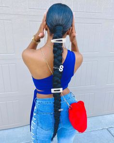 Order your luxury streetwear from shopversionii.com 🌐 IG: @shopversion2 💚  #outfits #outfitideas #blogger #fashion #streetwear #virginhair #ponytail #ponytailhairstyle #ponytailbraids #ponytailblackhairstyles #hairstyles #hairstyleideas Hair Ponytail Styles, Weave Ponytail Hairstyles, Baddie Hairstyles, Curly Hair Styles, Natural Hair Styles, Black Girl Ponytails, Black Girl Braided Hairstyles, Black Women Hairstyles, Hair Laid