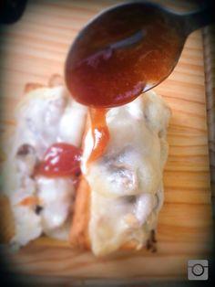 Azeitão, pleurotes pickles, geleia de maçã laranja, canela, malagueta
