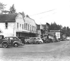 Bayfront in Newport, Oregon, 1944.  Ben Maxwell, Image courtesy of the Oregon State Library.