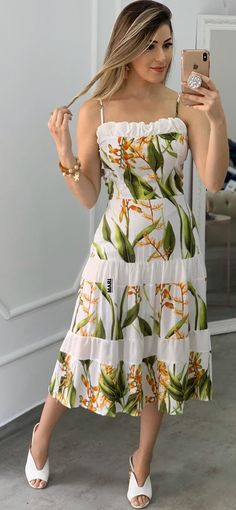 Beautiful Summer Dresses, Fabulous Dresses, Simple Dresses, Beautiful Outfits, Cute Dresses, Women's Fashion Dresses, Skirt Fashion, African Print Dresses, Dress Sewing Patterns