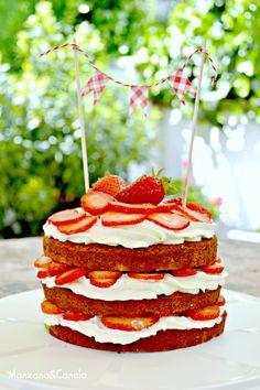 Manzana : Tarta de nata y fresas, y receta de bizcocho básico de vainilla.