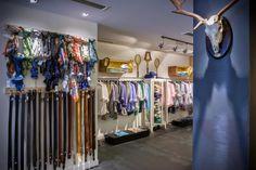 Яркий дизайн магазина модной одежды Lander Urquijо