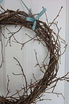 Decorating Blogs, Black House, Grapevine Wreath, Grape Vines, Easter, Wreaths, Spring, Diy, Inspiration