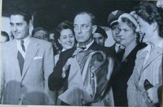 Buster arrives in Paris 1947