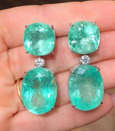 5A highestquality diamond cut Cubic Zirconia (CZs). Diamond Drop Earrings, Emerald Earrings, Emerald Diamond, Diamond Cuts, Dangle Earrings, Natural Glow, Diamonds, Green, Party Wear