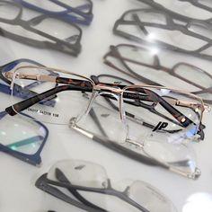 """bb9b0631ab48f Shopping dos Óculos on Instagram  """"As armações masculinas John Peter vão te  deixar ainda mais elegante. Faça seu orçamento e saia de óculos novo."""