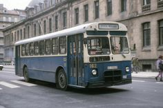 A partir de los años sesenta, la Compañía del Tranvía de San Sebastián apostó por el autobús. El modelo 6035 de Pegaso se convirtió en el vehículo más representativo de la ciudadimg003+(2).jpg (400×267)