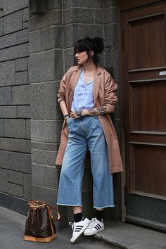 Wide leg cropped jeans, button down, Adidas Superstars, LV bag.