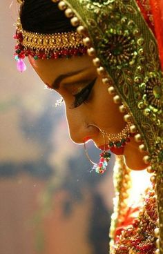 Scarlet Bindi - South Asian Fashion: Inspiration Amazing Wedding Photography of Indian Photographer