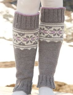 "Highland Dew Leg Warmers - Knitted DROPS leg warmers with multi colored pattern in ""Alaska"". - Free pattern by DROPS Design Knitting Patterns Free, Knit Patterns, Free Knitting, Free Pattern, Drops Design, Knit Leg Warmers, Knit Fashion, Emo Fashion, Fashion Boots"