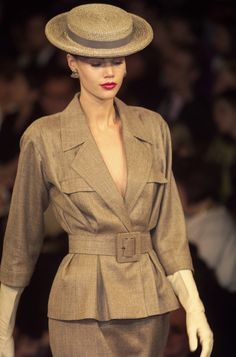 Yves Saint Laurent S/S 2001