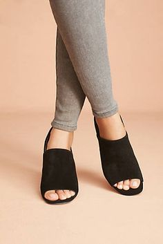 b8db5199c96 21 best NEED SHOES images on Pinterest