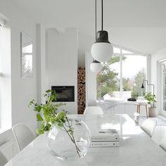 minimalist home decor Minimalist Home Decor, Home And Deco, Scandinavian Interior, Interior Design Inspiration, Home Fashion, Decoration, Interior Styling, Home And Living, Modern Decor
