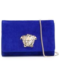 Discover Louis Vuitton Chain Louise MM  The Chain Louise is precious ... 0be52f9c922