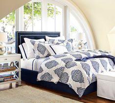 TAMSEN SQUARE NAILHEAD BED & HEADBOARD new $699 – $1,599