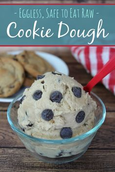 This Cookie Dough recipe uses NO eggs, so it is safe to eat raw. (Becca's note: I think cookie dough WITH eggs is safe to eat raw, generally speaking, but I believe the shelf life of this would be better! Just Desserts, Delicious Desserts, Dessert Recipes, Yummy Food, Raw Desserts, Sweet Desserts, Healthy Desserts, Eating Raw Cookie Dough, Cookie Dough For One