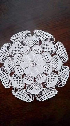 Mandala verigated with solid tops