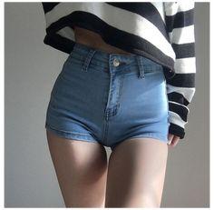 Hot Teens In Tight Shorts