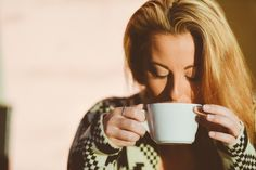 How to be a morning person. Tips for when your bed wants you as it's own. #mornings #tips