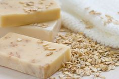 Delicat și eficient: Cum se pregătește săpunul hand made - Fasingur Soap Recipes, Soap Making, Home Remedies, Dairy, Cheese, Homemade, Chia, Young Living, Base