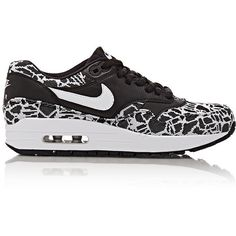 Nike Women's Air Max 1 Jacquard Sneakers (2 130 ZAR) ❤ liked on Polyvore featuring shoes, sneakers, black, nike, black flat sneakers, nike sneakers, black lace up shoes and black sneakers