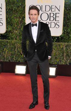 Los hombres mejor vestidos en los Globos de Oro 2013: Eddie Redmayne