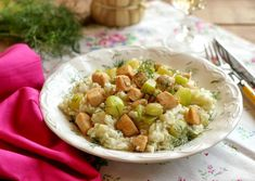 Egy finom Csirkés tökös rizs ebédre vagy vacsorára? Csirkés tökös rizs Receptek a Mindmegette.hu Recept gyűjteményében! Potato Salad, Potatoes, Ethnic Recipes, Food, Potato, Essen, Meals, Yemek, Eten