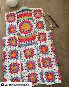 Mulla On Kalenteri, Johon Kirjoitan Käsi - Qoster Crochet Motif Patterns, Crochet Cardigan Pattern, Granny Square Crochet Pattern, Crochet Granny, Knitting Patterns, Crochet Top, Dress Patterns, Crochet Waistcoat, Crochet Jacket