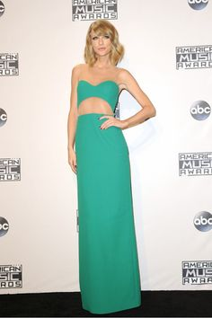 You Be the Judge: Who Was the Best Dressed at the AMAs? via @WhoWhatWear